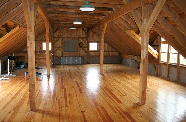 Custom post beam barn wallingford ct for Post beam barn plans