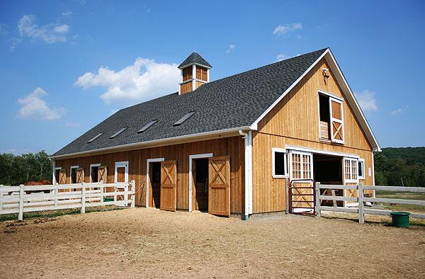 Burlington ct custom barn welcome to custom barns the for Horse barn builders